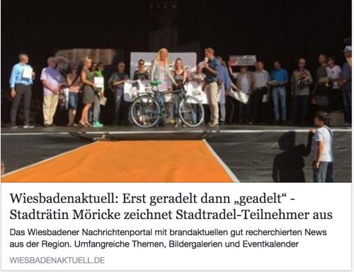 """Auszeichnung für Stadtradel-Teilnehmer: Zeitungsartikel WiesbadenAktuell """"Erst geradelt, dann geadelt"""""""